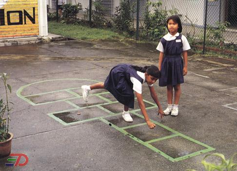 traditional-game-hopscotch - Children at play - Philippine Photo Gallery