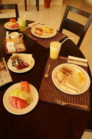 the-breakfast